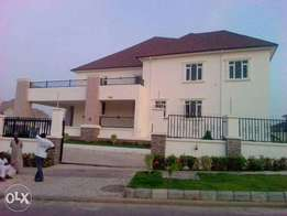 5 bedroom fully detached duplex/Basement/Pool/CofO/Gym room/Bq