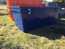 Register 20 Mini Sips Bins and A Hydrolic Trailer
