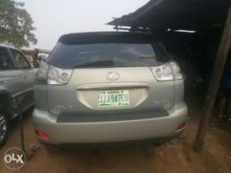 Neatly used 07 lexus rx350 for sale