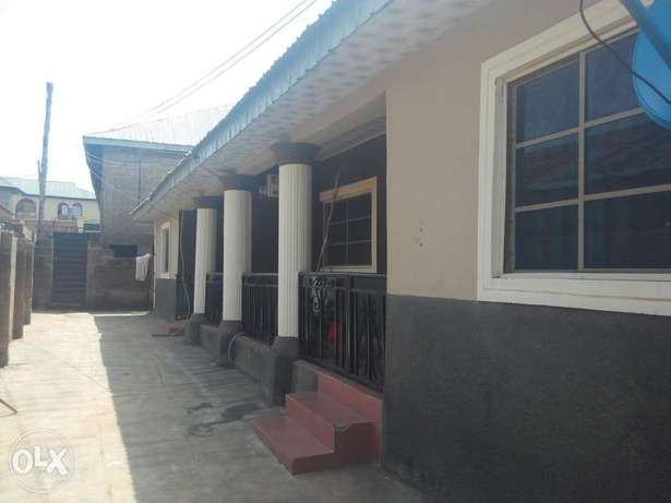 To Let: Clean 2 Bedroom Flat at IREWOLEDE Ilorin West - image 1