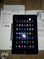 Samsung galaxy Tab A6 with s pen, very clean with complete accessories