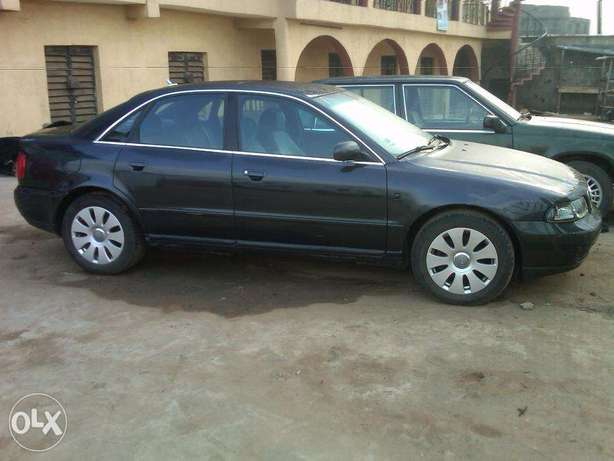 Clean Audi A4 2000 Model for Sale Lagos - image 6