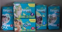 Single/Lose Pampers and Huggies nappies for sale