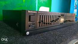 Technics stereo graphic equilizer.