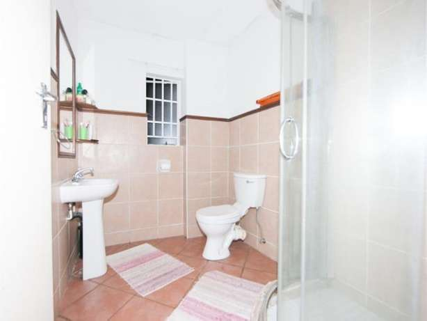 2 Bedroom Apartment / Flat to rent. Rivonia - image 8