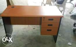 Standard secretary office table
