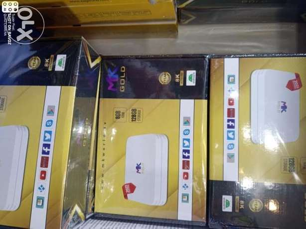 Tv box HDD new + all world countries channel moive one year subscripti