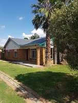 Bargain!!! Potchefstroom 3 Bedroom house, newly painted, just for you.