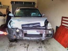 We buy accident damaged cars and bakkies