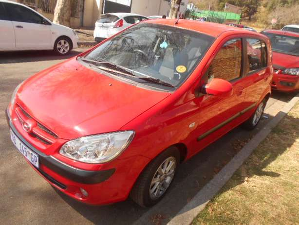 2006 Automatic Hyundai Getz 1.6 Hatchback with sound system for sale Johannesburg - image 4