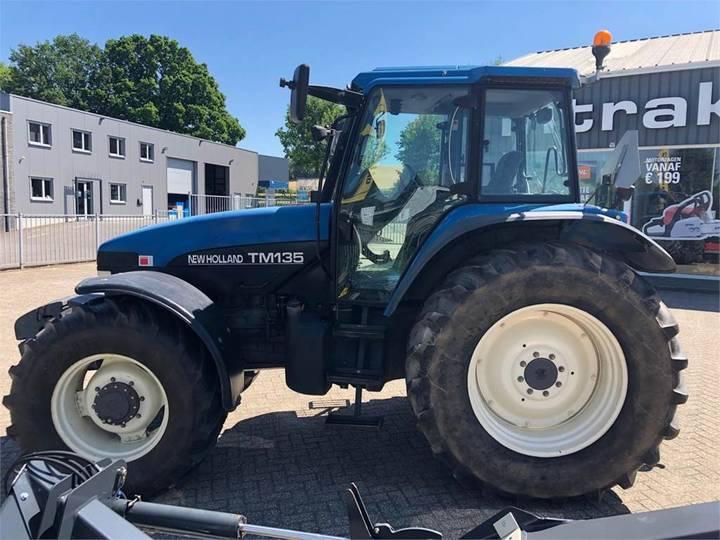 New Holland Tm135 Ss - 2000