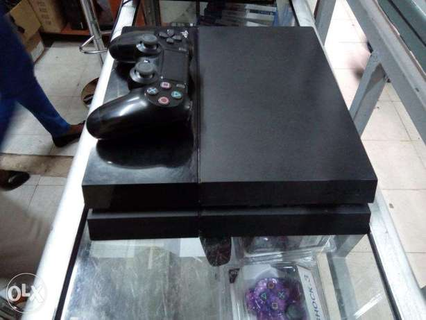Ex UK PS4 Refurbished and certified with One Year warranty Nairobi CBD - image 4