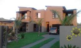 Beautifull 4 Bedroom House in Melodie - Hartbeespoort