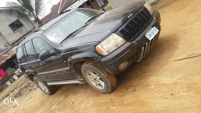 Clean Grand Cherokee Jeep Port-Harcourt - image 1