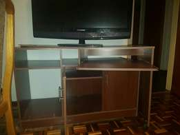 Desk-Cabinet. R500. Must collect