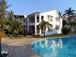 Executive 2 bedroom beach side furnished apartment for long term let
