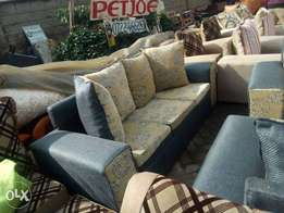 Discount on ready made 3 seater sofa