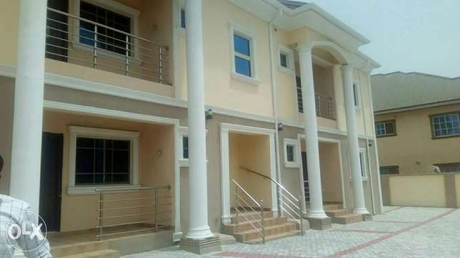 Newly completed 2 bedroom flat at cbn lugbe Lugbe - image 1