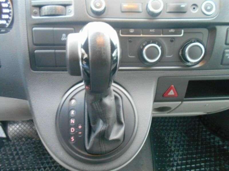 Volkswagen Transporter 2.0 Tdi/Klima/Navi/Euro5b/151000Km! - 2014 - image 18
