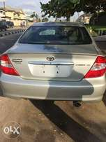 Tokunbo 2004 Toyota Camry with leather interior