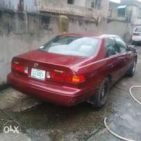 2000 model Toyota Camry for sale in a very good condition