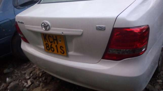 The vehicle is a toyota Axio which is good in condition. Kawangware - image 2