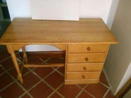 Oak table with draws