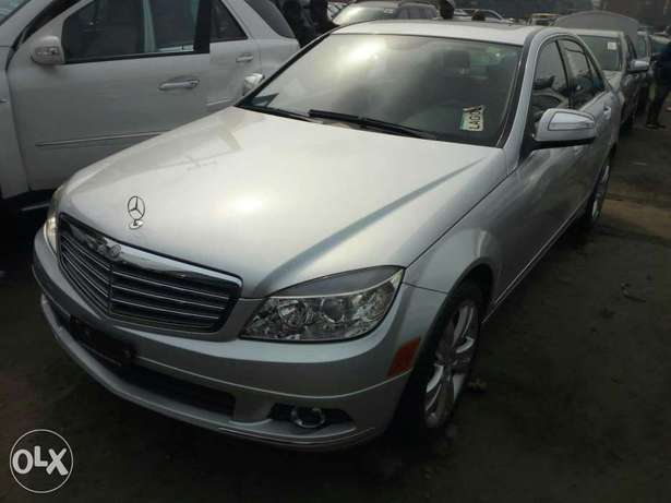 Foreign used 2008 Mercedes-Benz C300. Direct tokunbo Lagos Mainland - image 1