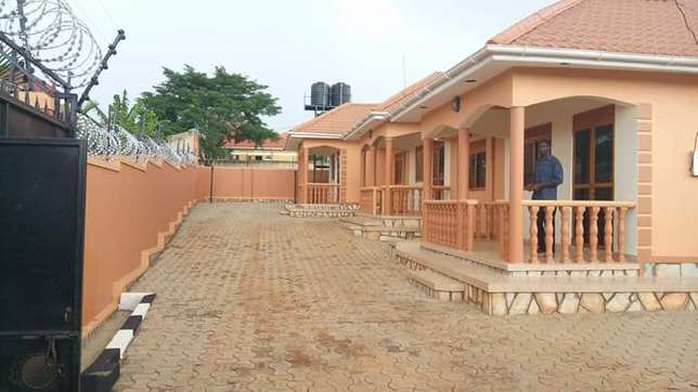2bedrooms 1toilet luxurious semidetached house in Mengo Kampala - image 1