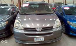 First body, chilling AC, Toyota sienna 2006.