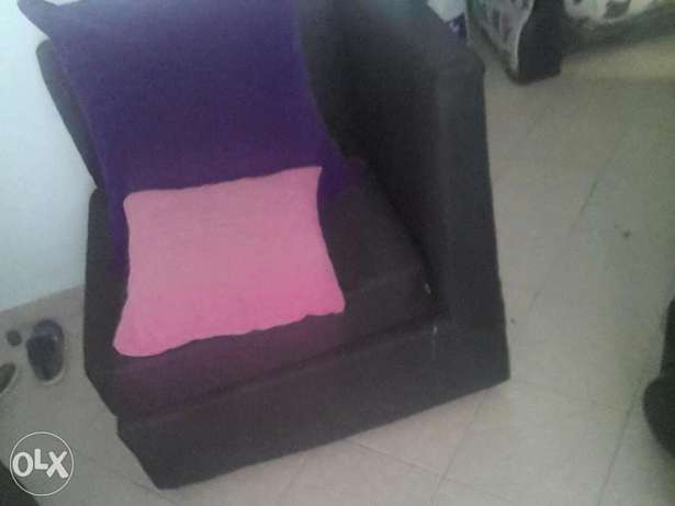 L seven Sitters Soffer on sale . Black in colour Purple BIG cushions . Mtwapa - image 2