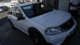 2016 Nissan NP200 1.6 sport with 32000km