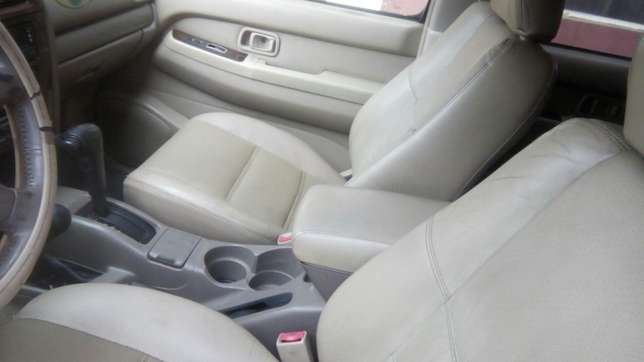 Clean Nissan Pathfinder Jeep for saler Isolo - image 8
