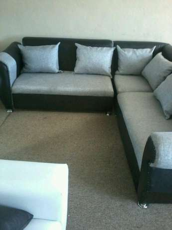 Brand new corner lounge suite right at the factory R3500 Strand - image 2