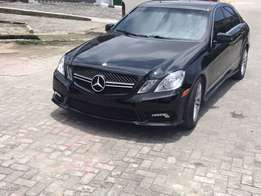 2010 sharp Reg E350 Mercedes Benz