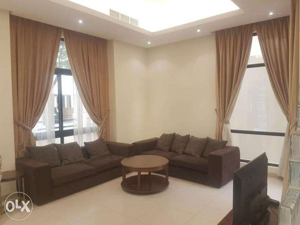 modern fully/semi furnished 3 bedroom villa for rent close to bsb
