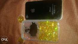 Clean used iphone 4s with pouch