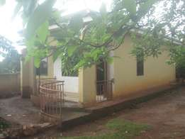 2 bedroom house for sale in Buwate-Kungu at 120m