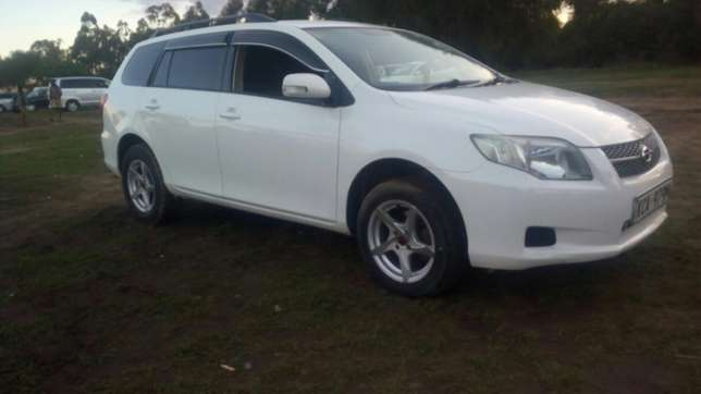 Toyota fielder 2008 model in mint condation Nairobi CBD - image 2