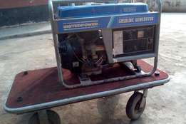 Manual starting Tokunbo 6.5kva generator 4sale.