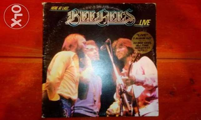Bee gees here at last live 2 vinyls