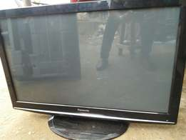 Toks 42 inches panasonic LED TV with memory card slot