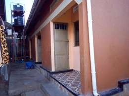 self contained double for rent in bweyogerere at 200k