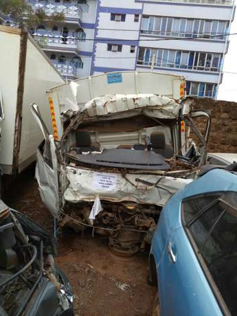 Hino truck kCG with damaged cabin Roysambu - image 2