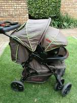 3in1 pram, car seat and baby carry cot