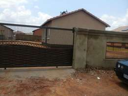 House to rent in Protea Glen ext 24