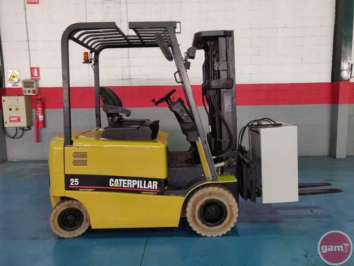 Caterpillar EP25KPAC - 2005