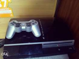 PlayStation 3 fat with fifa18 PES18 and more games installed