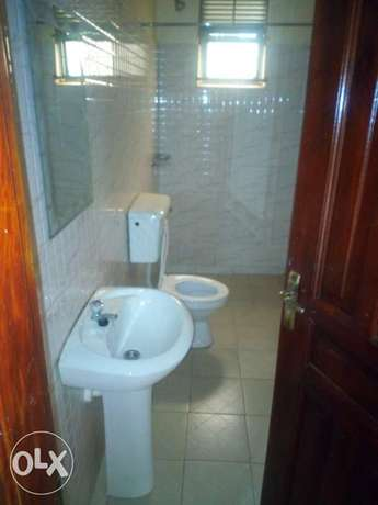Executive two bedroom house is available for rent in kyaliwajala. Kampala - image 4