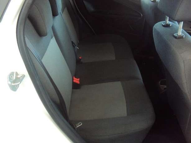 2012 Ford Fiesta 1.4 for sell R105000 Bruma - image 6